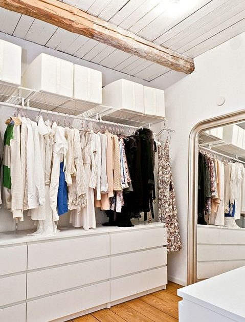 ikea-malm-and-hanging-shelves-for-a-simple-and-stylish-walk-in-closet