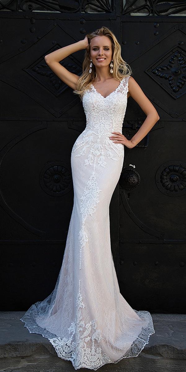 Oksana-Mukha-Wedding-Dresses-2017-Evita-1