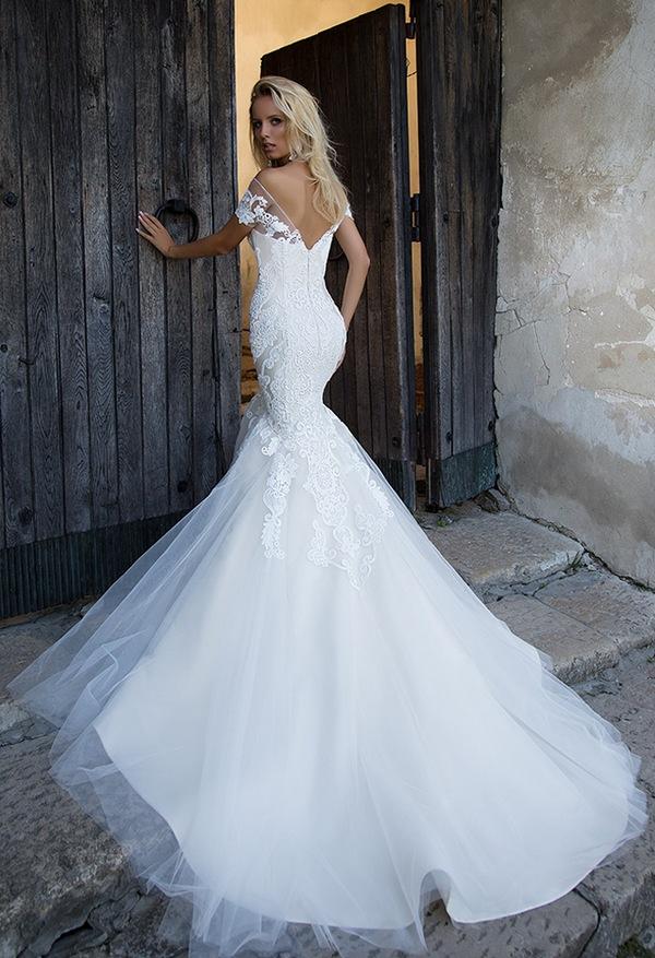 Oksana-Mukha-Wedding-Dresses-2017-Melanta-1