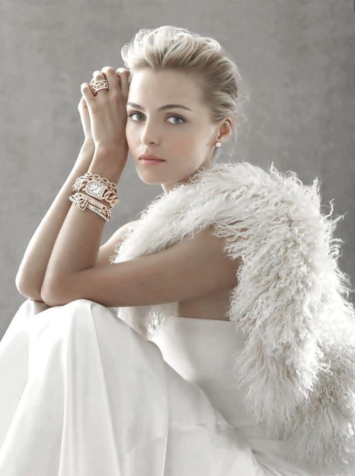 winter-wedding-dress-inspiration-the-bridal-show-pinterest