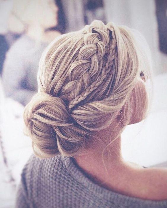 Элегантные прически на среднюю длину волос: 15 идей