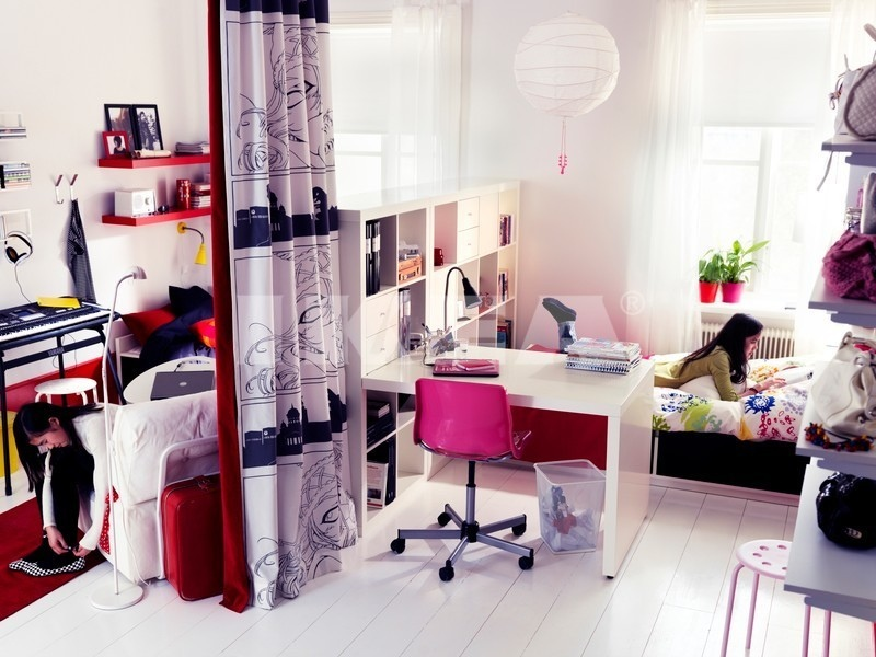 Bedroom-for-girl-with-snow-bed-and-pink-chair-and-study-table-and-Chandelier-also-Chest-of-Drawer