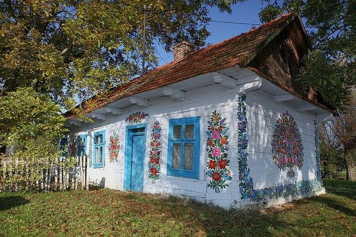 Zalipie-painted-village-4