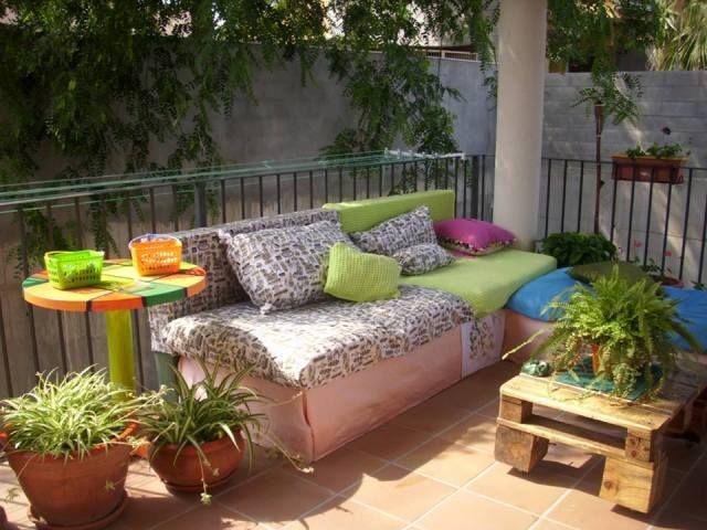 pallet-sofa-13