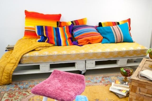 pallet-sofa-19