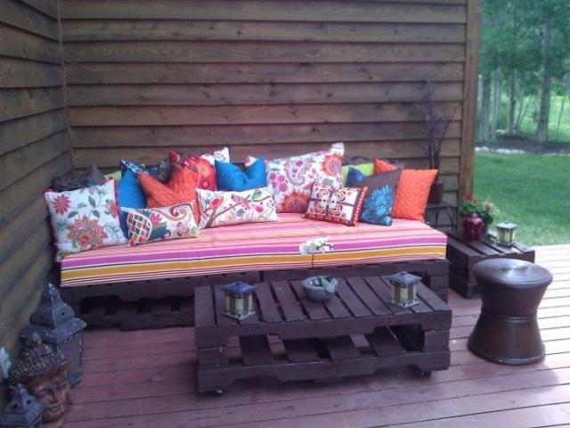 pallet-sofa-22