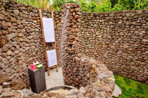 tokoriki-island-dive-resort-fiji-outdoor-shower