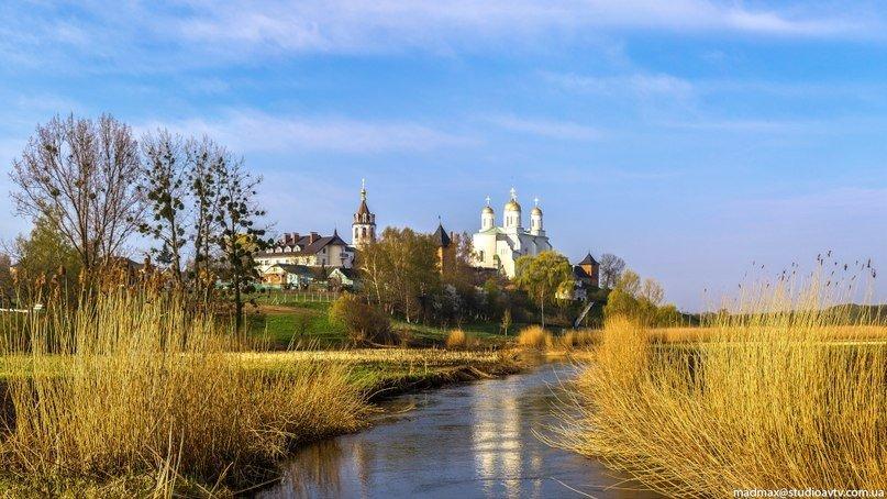 Зимненський монастир на Волині