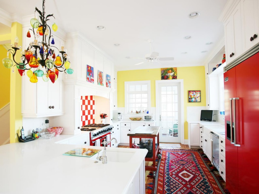 CI-Echelon-Custom-Homes_colorful-eclectic-custom-contemporary-kitchen_s4x3.jpg.rend_.hgtvcom.1280.960-1024x768