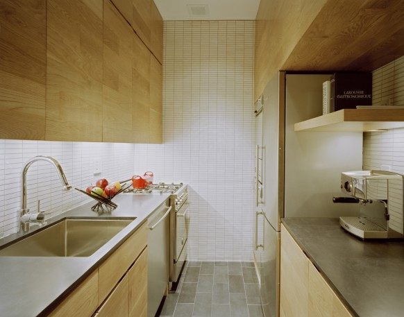 E-Village-Studio-tiny-space-kitchen-582x457