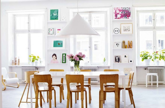 Skeppsholmen-Quirky-art-collection-Modern-Swedish-dining-700x461