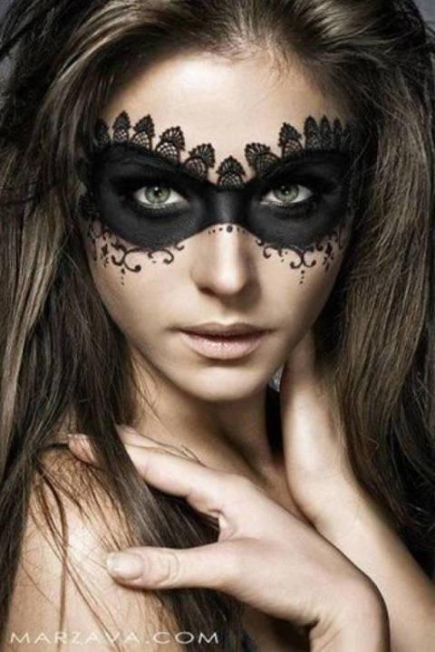 nrm_1412788828-makeup5