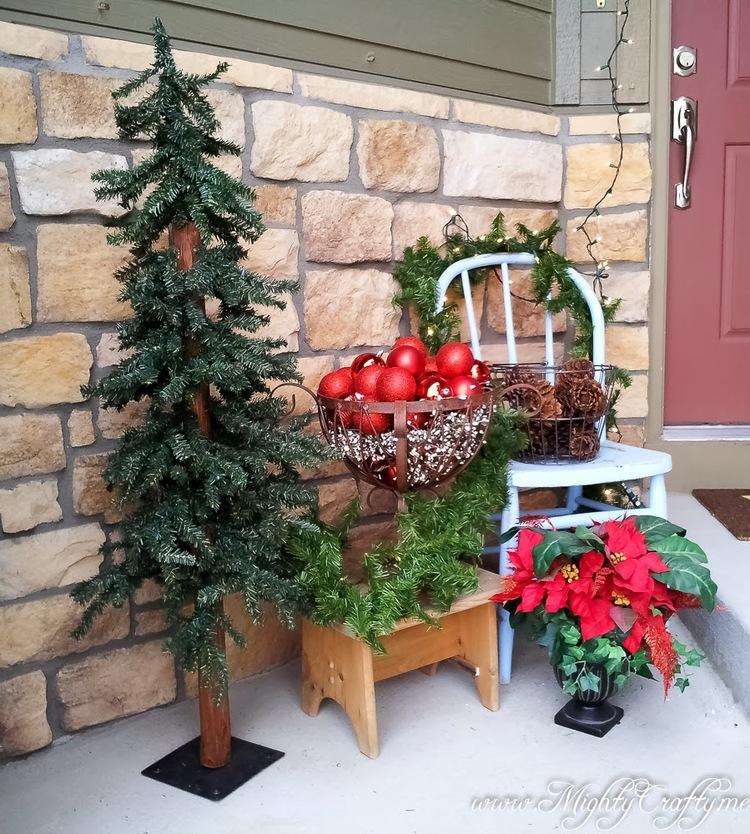 Christmas-Porch-Decorating_01