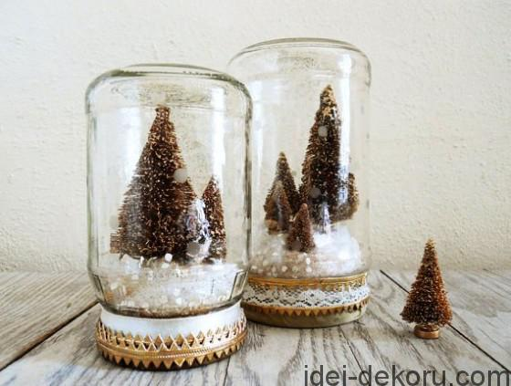 mason-jar-christmas-trees-560x423