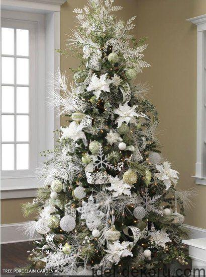 White Christmas Tree Decor ~ 20 Awesome #ChristmasTree Decorating Ideas & Inspirations - Style Estate -