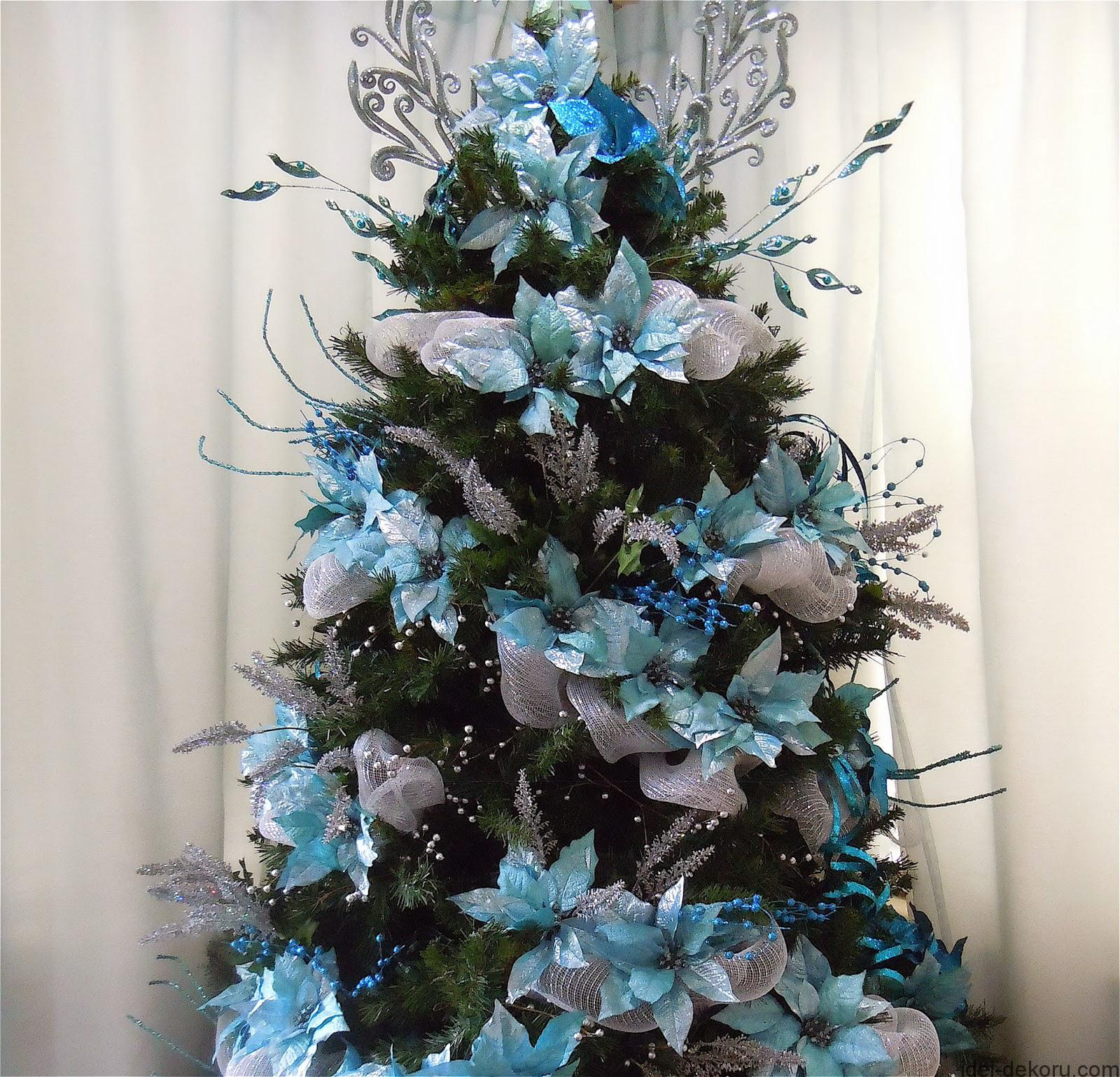 christmas-tree-decorations-blue-silver-white-xdguw4zg