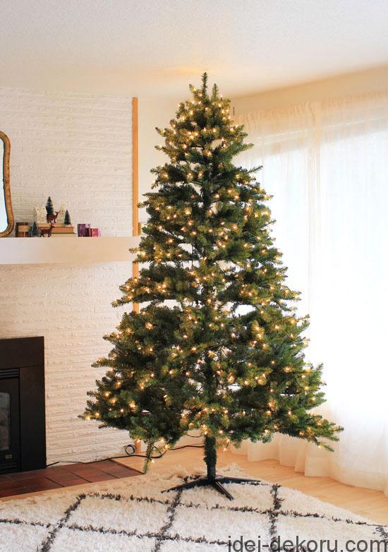 pre-lit-tree1