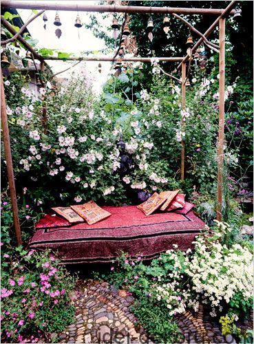 beds-in-garden-2