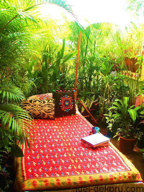beds-in-garden-3