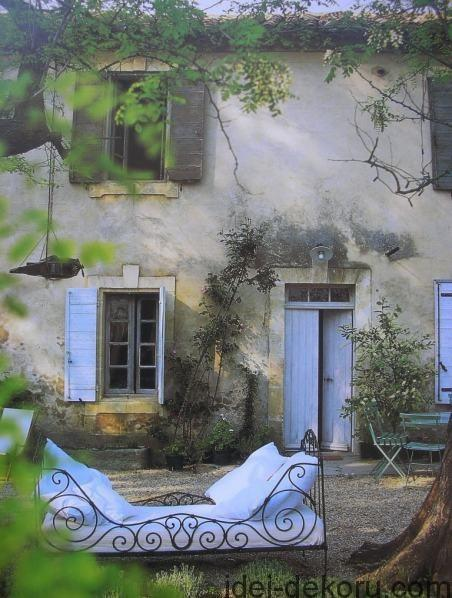 beds-in-garden-45