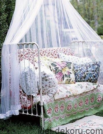 beds-in-garden-48