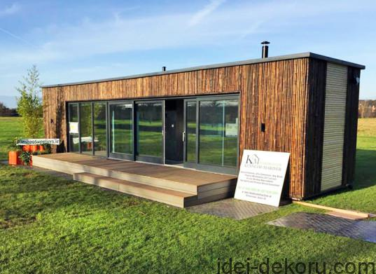 Irelands-first-shipping-container-home-537x391
