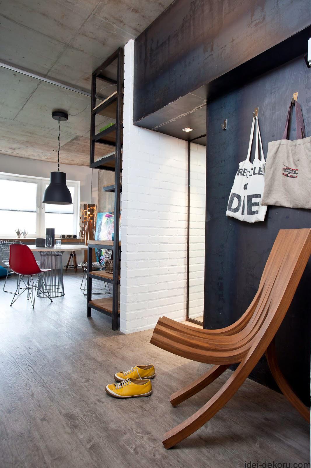 beton-v-interere-kreativnoj-kvartiry-47-kv-m17