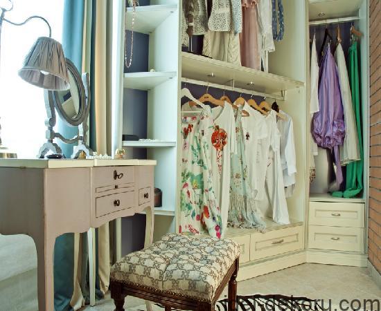 Гардеробная-комната