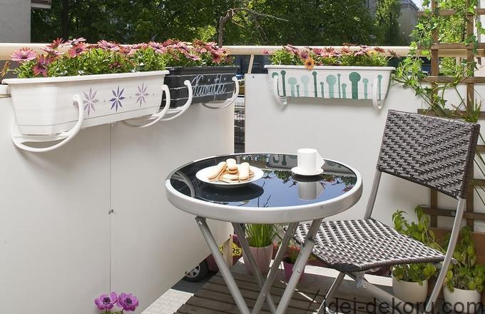 meble-balkonowe-maly-balkon_2354538