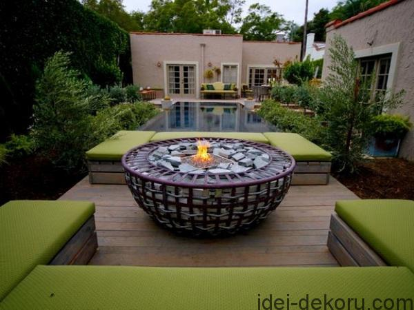 modern-fire-pit-design-ideas-wooden-patio-deck-outdoor-swimming-pool