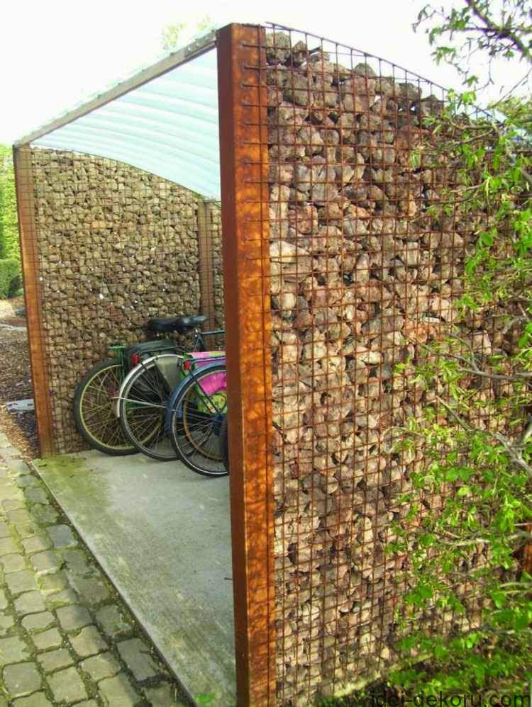 ideas-for-garden-fencing-Garden-fence-of-natural-stone-and-metal-for-bicycle