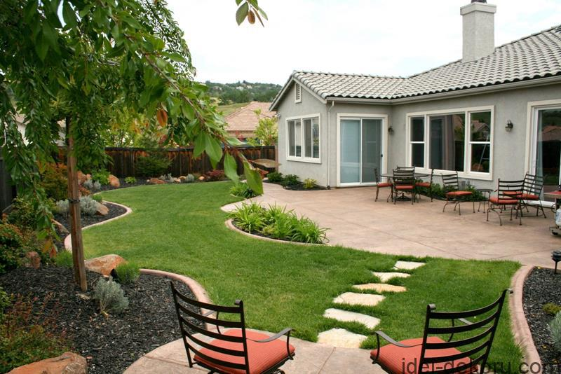 24-Beautiful-Backyard-Landscape-Design-Ideas-1