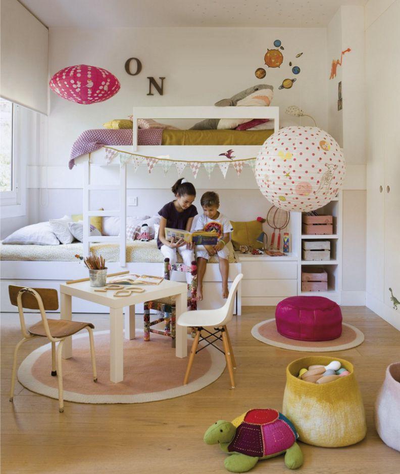 Игровая-зона-в-интерьере-комнаты-для-мальчика-и-девочки-2