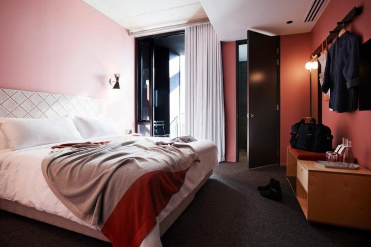 stilnyi-otel-v-avstralii-alex-hotel-11a