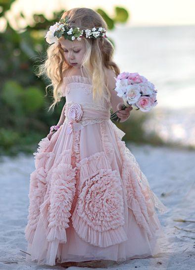 Святкові сукні для дівчаток 45 фото Ідеї декору
