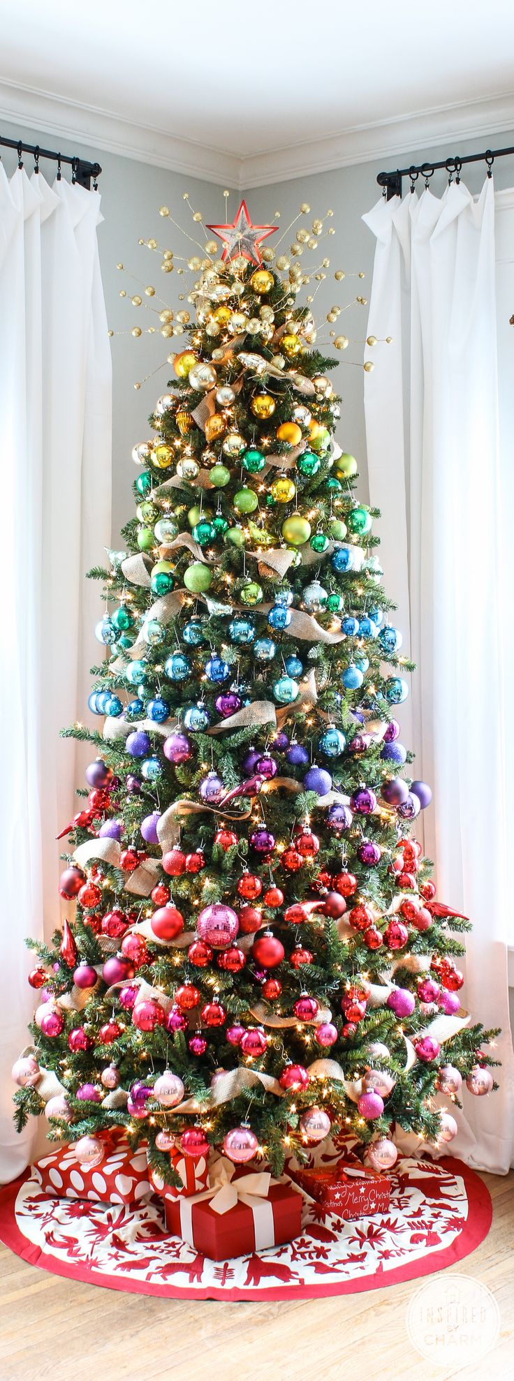 the-most-colorful-and-sweet-christmas-trees-and-decorations-you-have-ever-seen-homesthetics-2