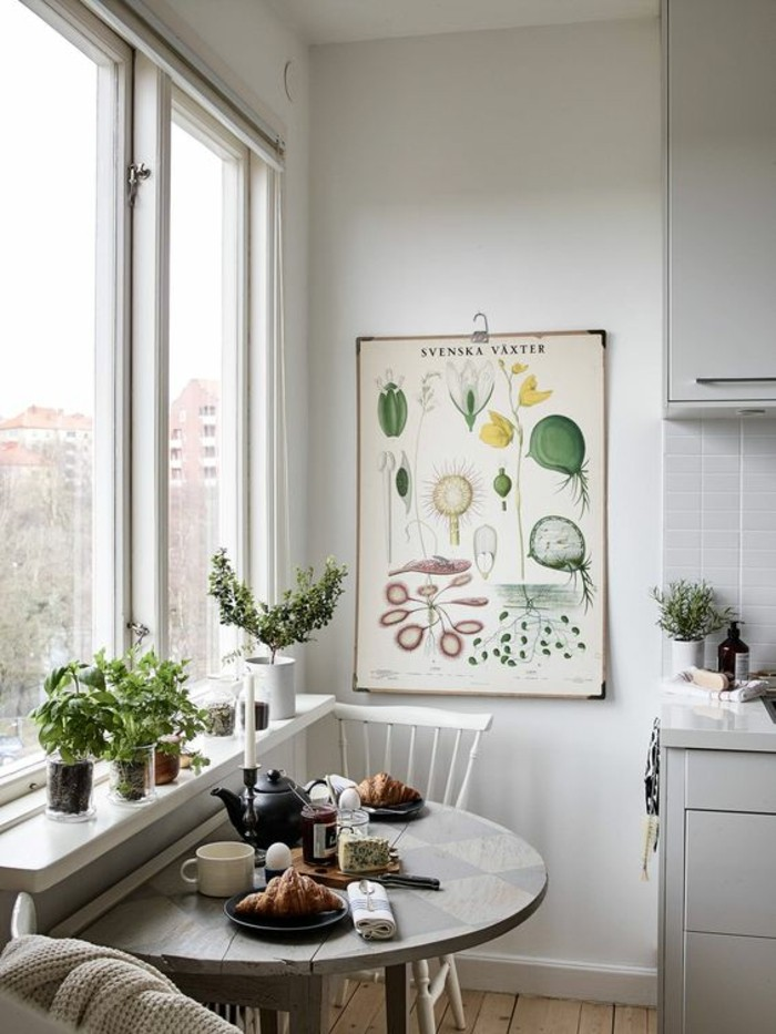 window-sill-decoration-dining-area-decorate-plant-1