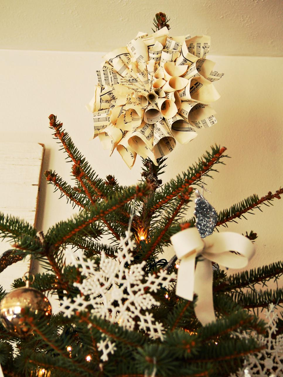 handmade-tree-topper-made-from-old-music-sheets