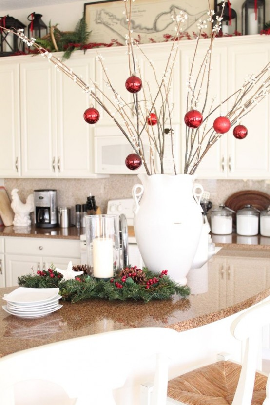 cozy-christmas-kitchen-decor-ideas-26-554x831