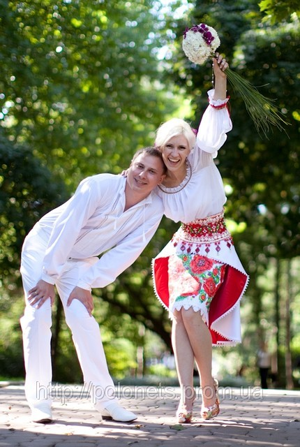 Wedding in Ukrainian style, a bridal dress from Oksana Polonets