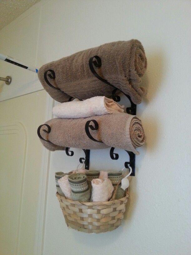 30-small-bathroom-storage-ideas-homebnc
