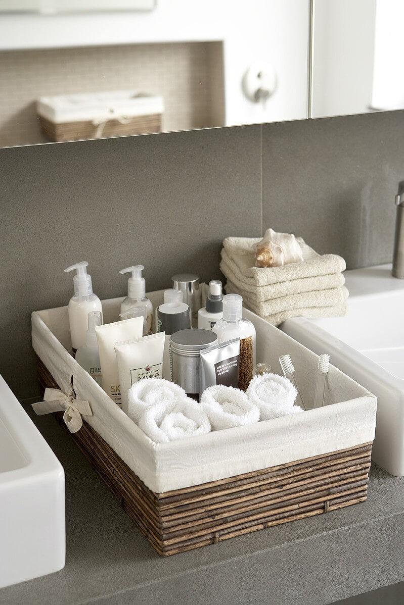 41-small-bathroom-storage-ideas-homebnc