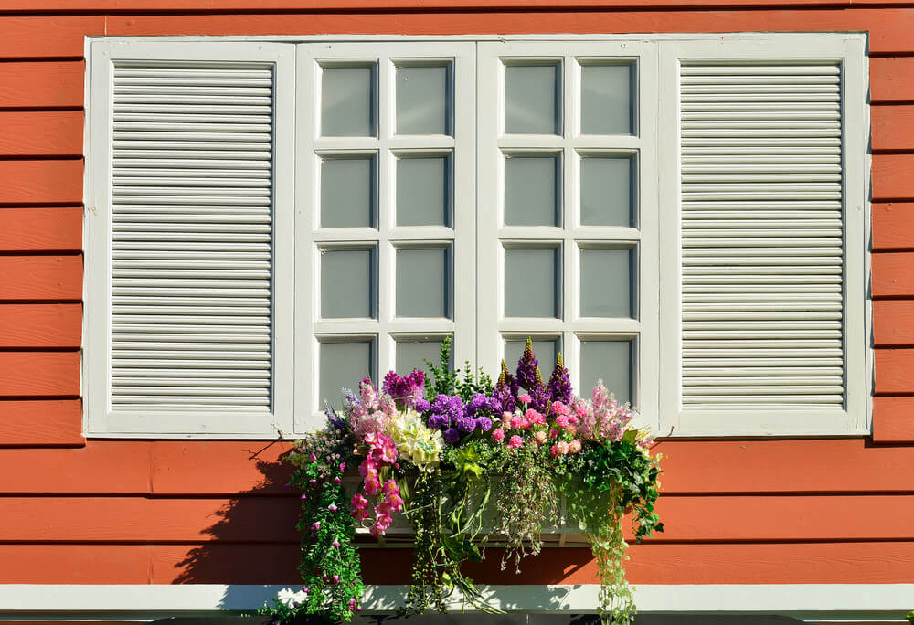 21window-flower-box