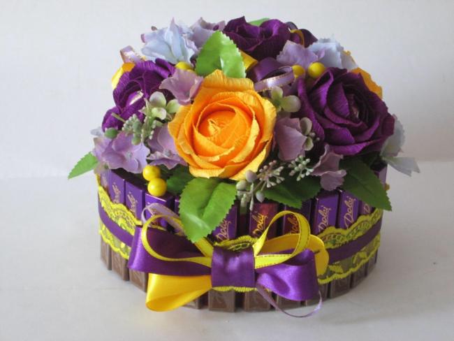 Цветы из конфет своими руками мастер класс фото 991