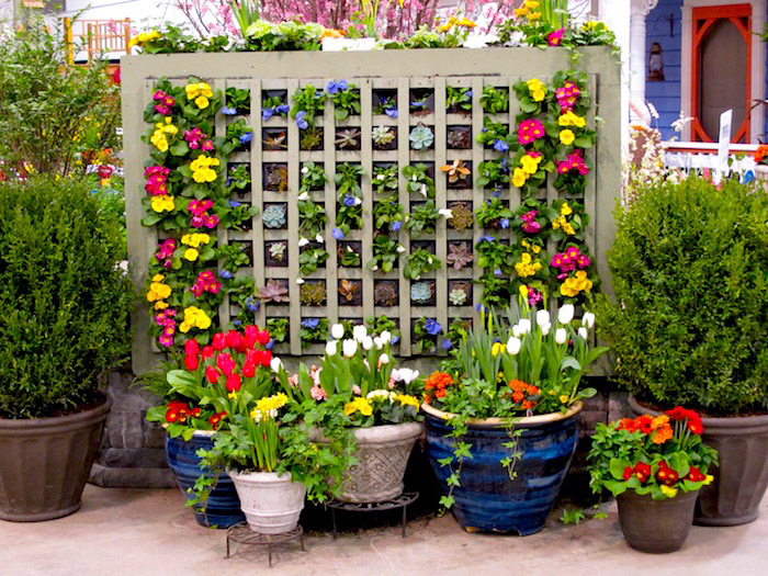Flower-Vertical-Garden-Designs