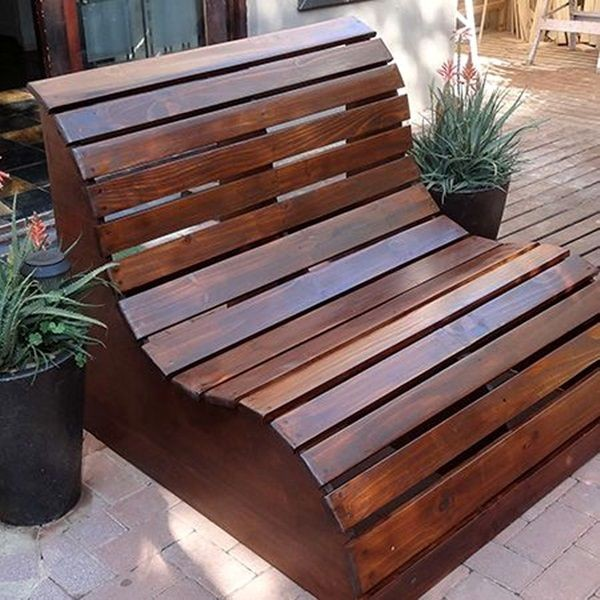 Pallet-Furniture-1-The-ART-In-LIFE