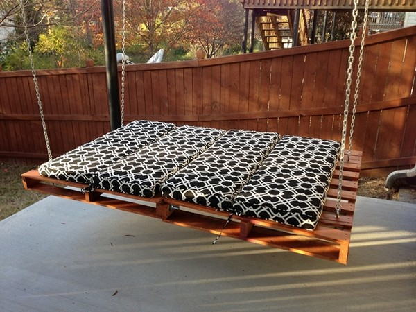 Pallet-Furniture-14-The-ART-In-LIFE