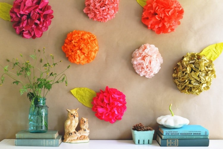 Recycled-Paper-Beautiful-Flowers-for-Wall-Decorating