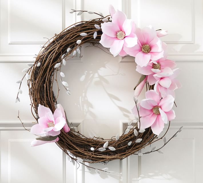 faux-magnolia-pussywillow-wreath-o