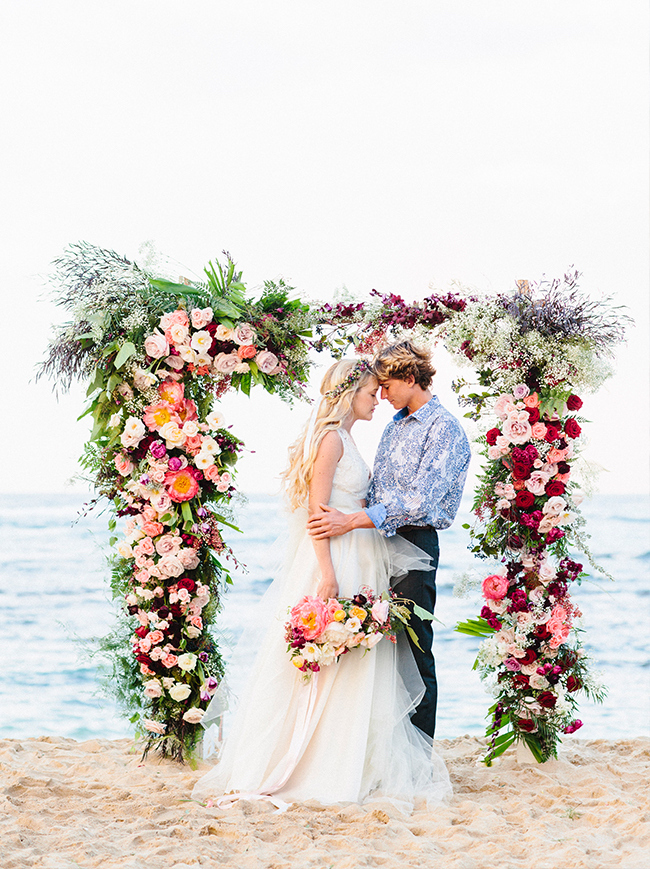 001-Beach-Wedding-Ceremony-Setups-on-SouthBoundBride